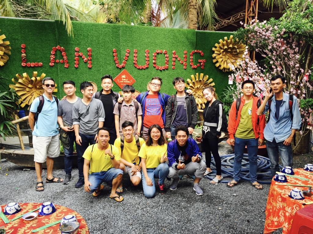 Pic1 - Nguyen Quach Hon.jpg
